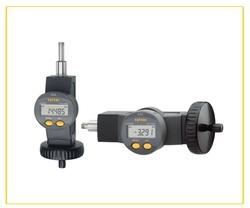 Digital micrometer screws